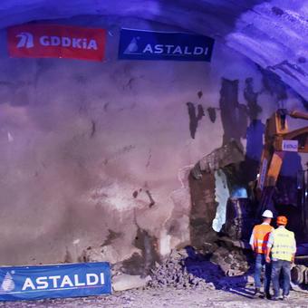 Zakopianka Tunnel, S7 Expressway, Poland
